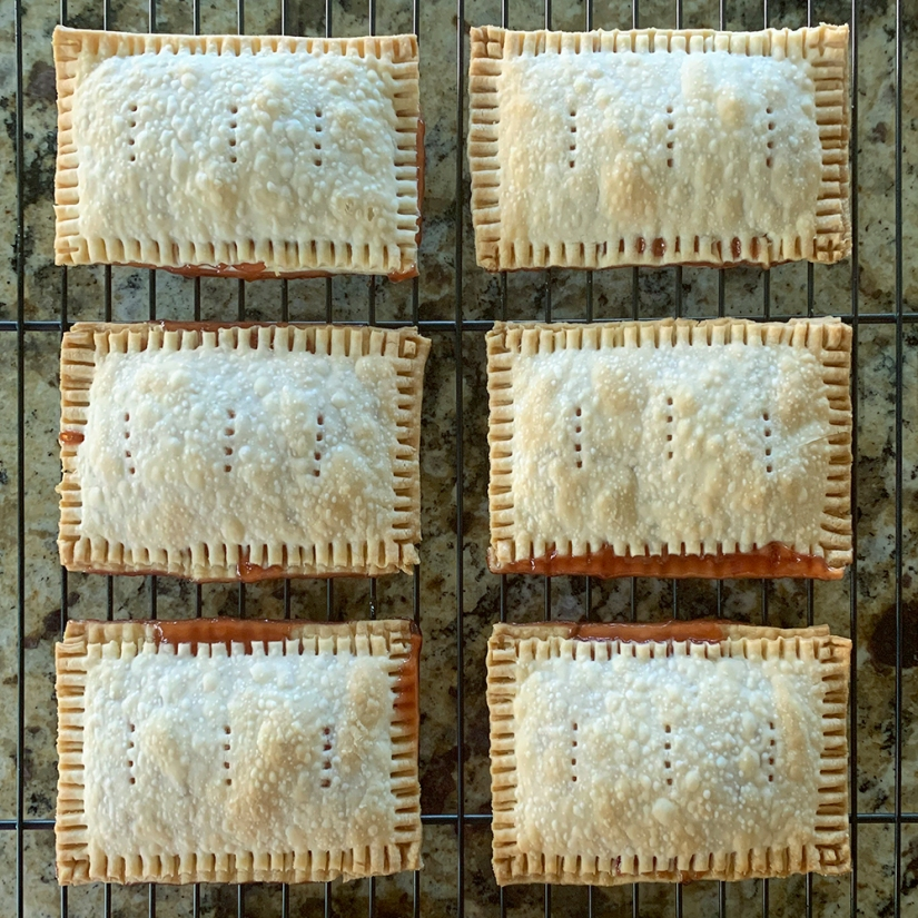 Recipe—Strawberry Pop Tarts